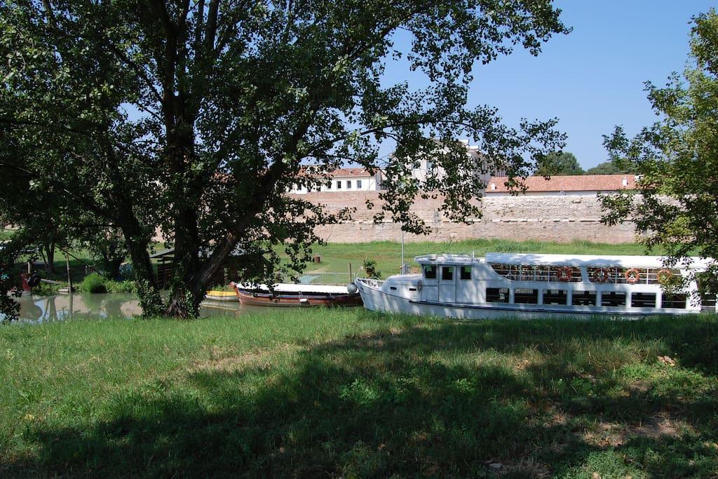 L'antico porticciolo fluviale della golena