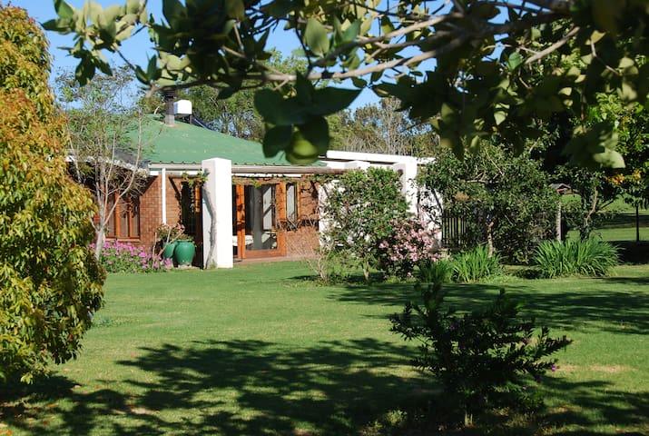 Audrey's Vineyard Cottage - nuy - Casa