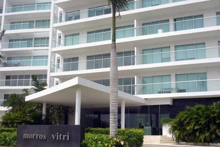 Morros Beachfront Apartment 103 - Lakás