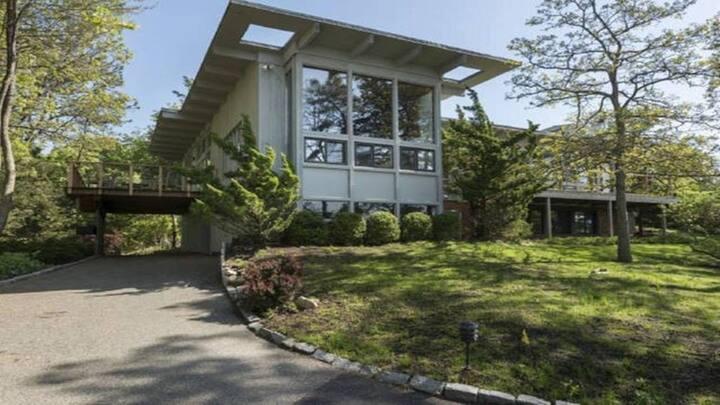 Villa Perlman