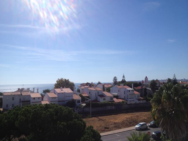 Apartment beside the beach 3 mins