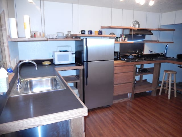Delux Foothills Apartment