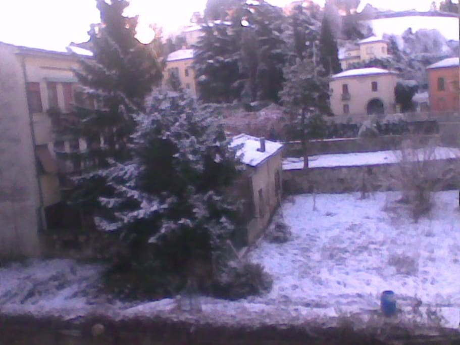 Vista della casa su Viale Risorgimento e scalette