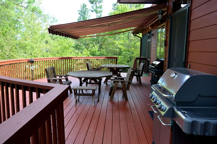 Very Large Wrap around  porch with Weber Gas Grill and Retractable Awning