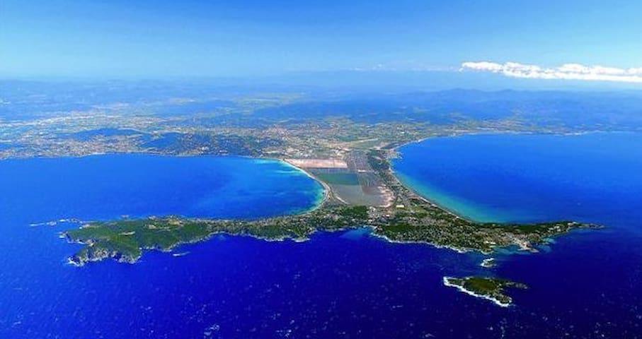 repos sur la presqu'île de Giens - Hyères - บ้าน