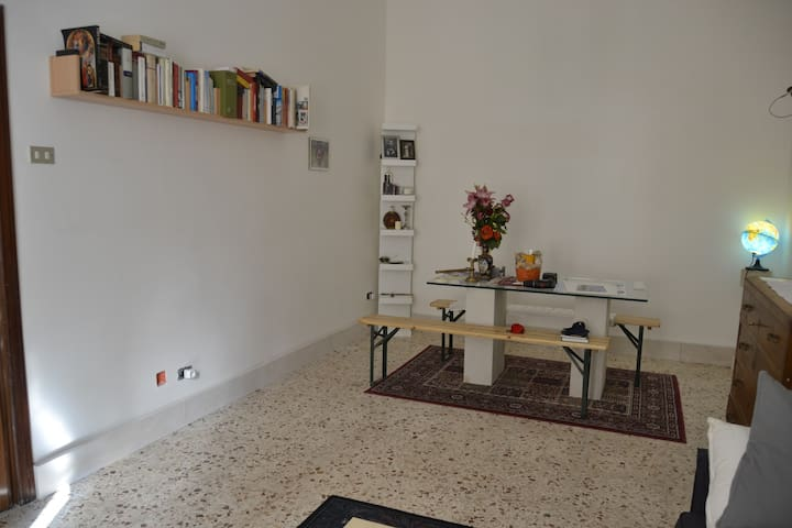 Offer single room or entire house - Rosolini
