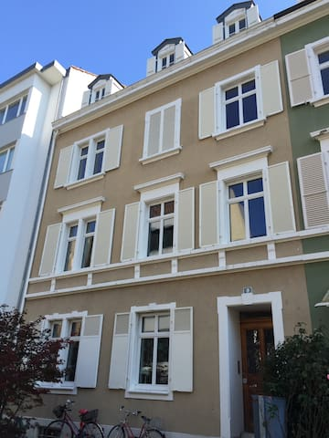 Penthouse in residential district - Basel - Apartment