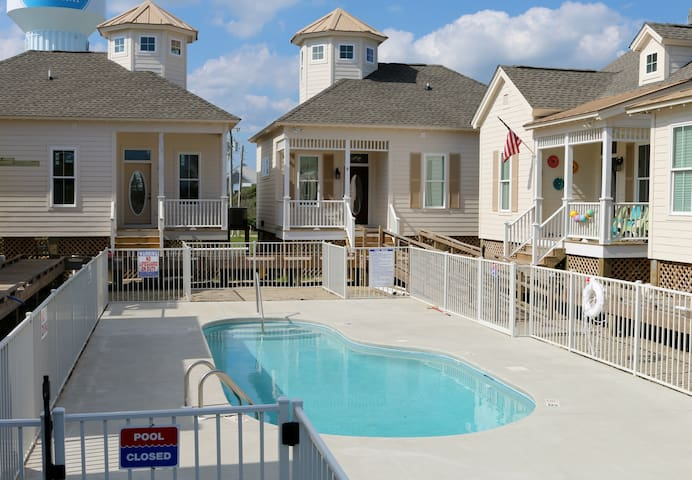 Beach Bungalow New Construction - Atlantic Beach - Talo