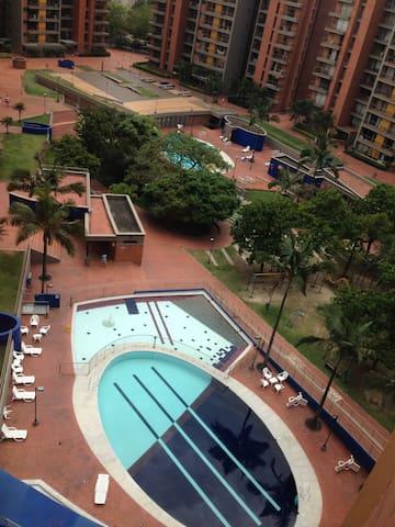 Habitación en Envigado - Envigado - Apartment