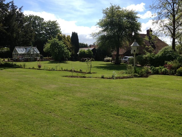 Lovely 2 bedroom cosy country annex - Soberton - Bed & Breakfast
