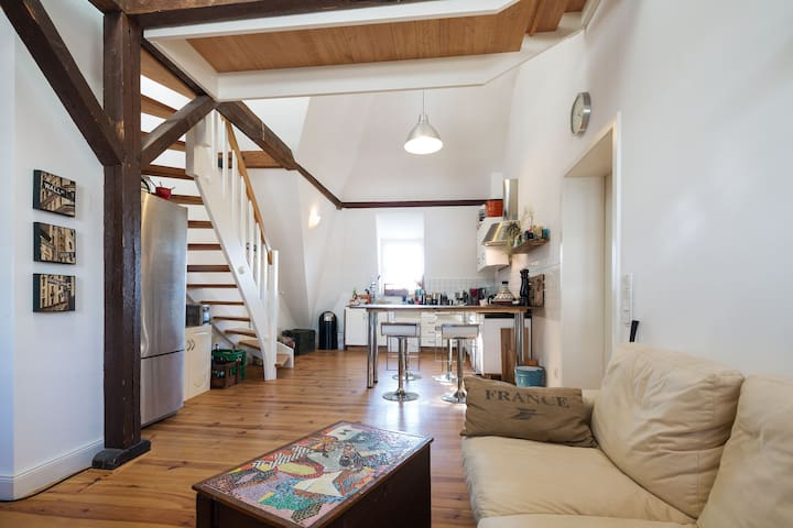 3 beedroom Duplex Apartment Fair Dusseldorf
