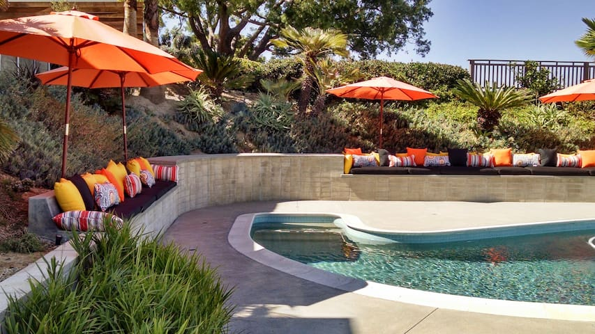 Dwell in Peace- pool and spa w/view