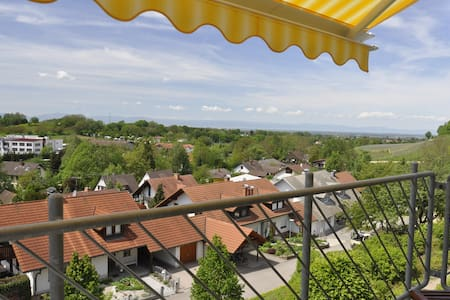 Im Vogelnest - A Bird's Eye View - Sulzburg - Apartment
