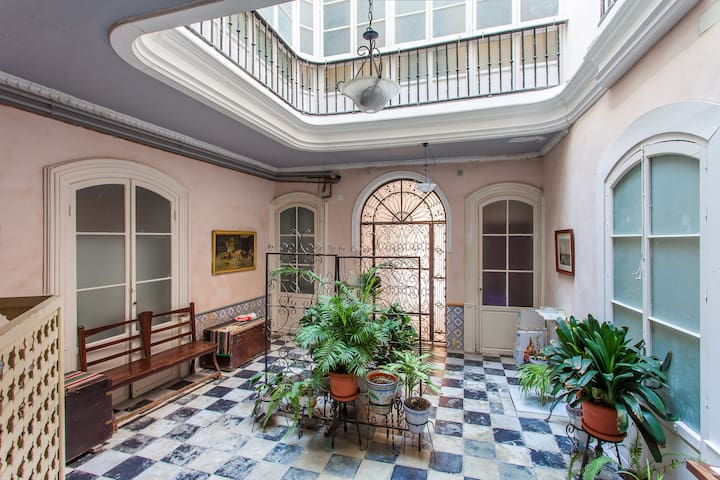 Loft in historic Cádiz - Cádiz - Pis