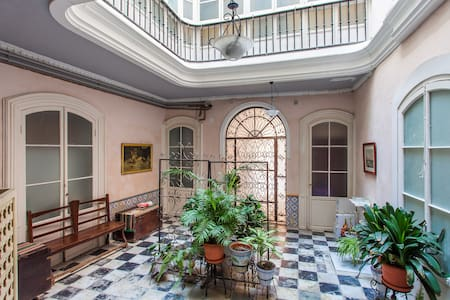 Loft in historic Cádiz - Кадиз