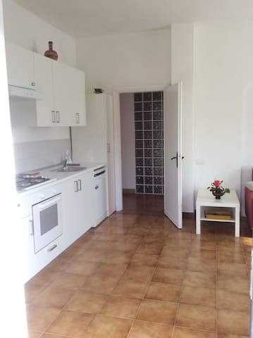 Garden flat in 4-hectare grounds an hour from Rome - Sutri - Byt