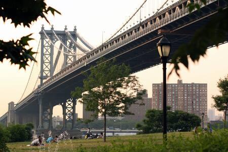 Elegant Brooklyn Heights Dwelling