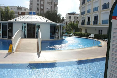 MELDA PALACE LUX CLASS (ROOMS 2+1)