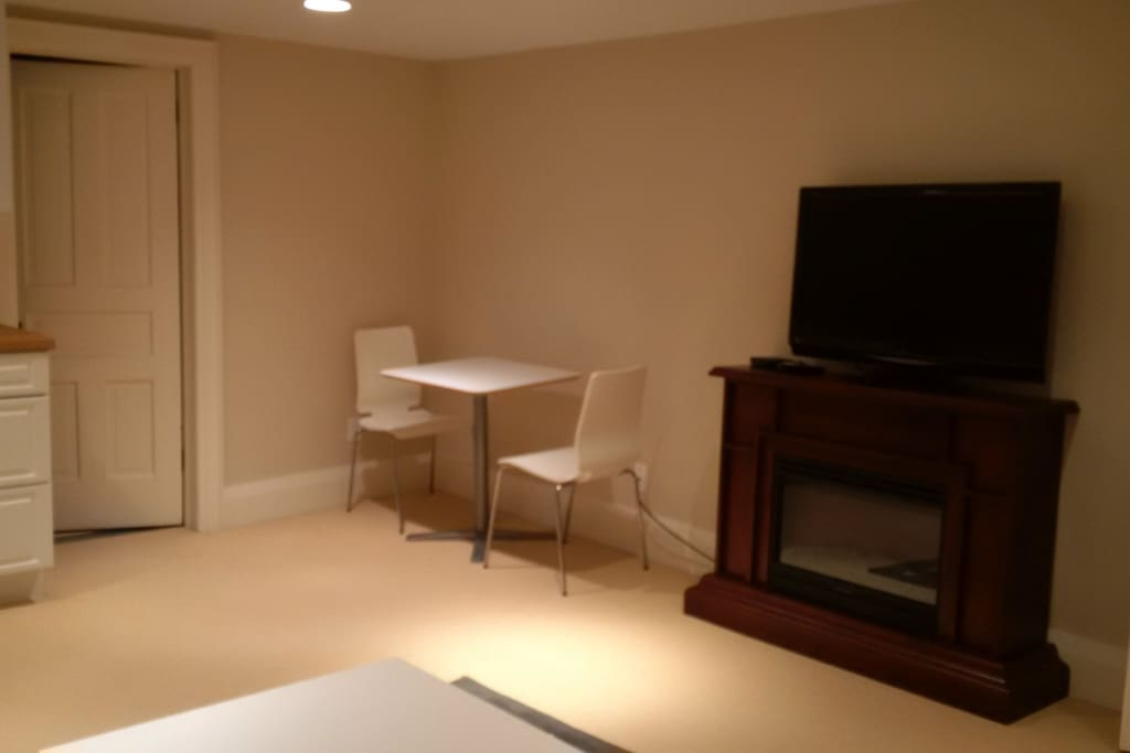 Small dinette, cable TV and electric fireplace
