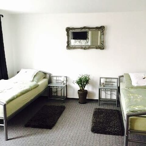Charming Guesthouse CGN/DUS - Dormagen