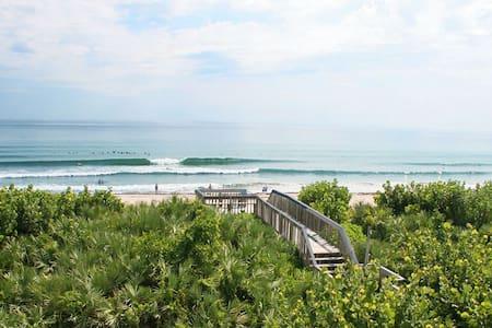 Spectacular Oceanfront Condo - Stuart
