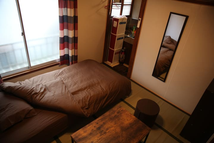Tokyo, Ikebukuro, Old House No3 - Toshima-ku - House