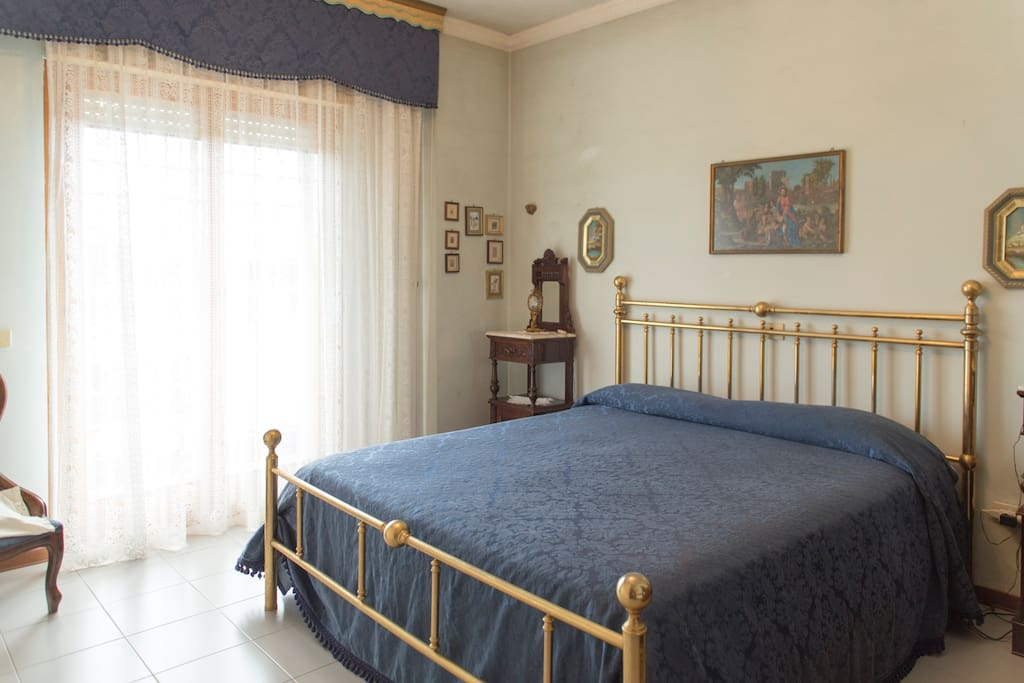 Camera Con Letto Matrimoniale Townhouses In Affitto A