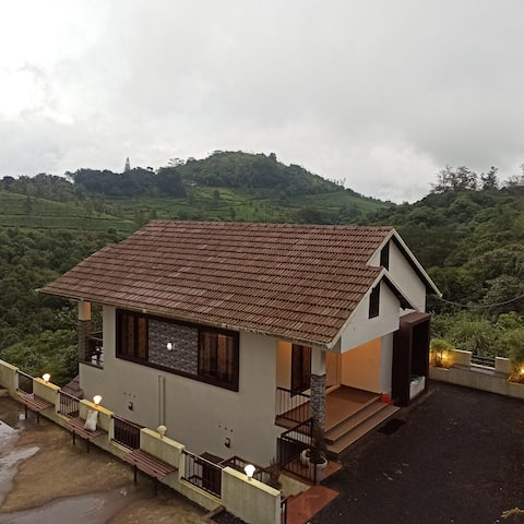 Vagamon Heavens 2BHK-DISINFECTED BEFORE EVERY STAY