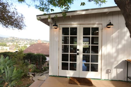 The Crow's Nest: Urban Cabin - Los Ángeles