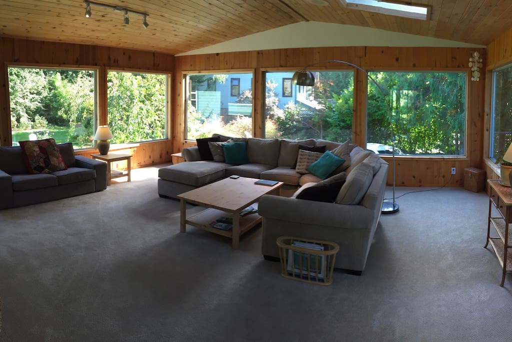 Sundeck/Family room