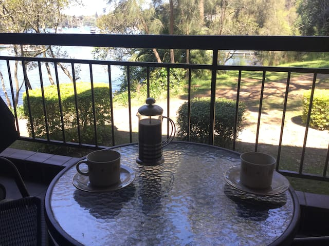 Scenic Bayview 2 bedroom apartment in Lane Cove - Lane Cove - Apartment