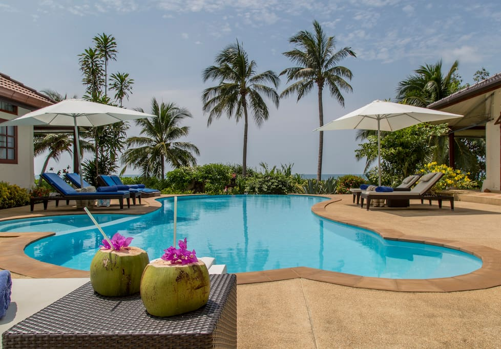 Comfortable sun loungers with stunning views around the pool area!
