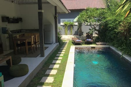 2BR  Villa with Pool in Oberoi - Seminyak - House