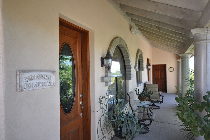 Italian Villa In The Desert - Tucson - Villa
