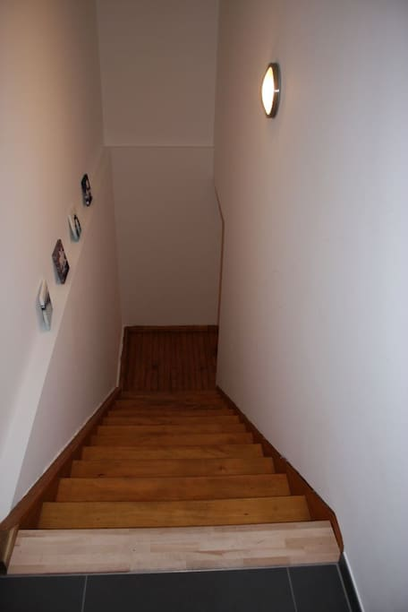 Seperater Hauseingang zum Appartement 10