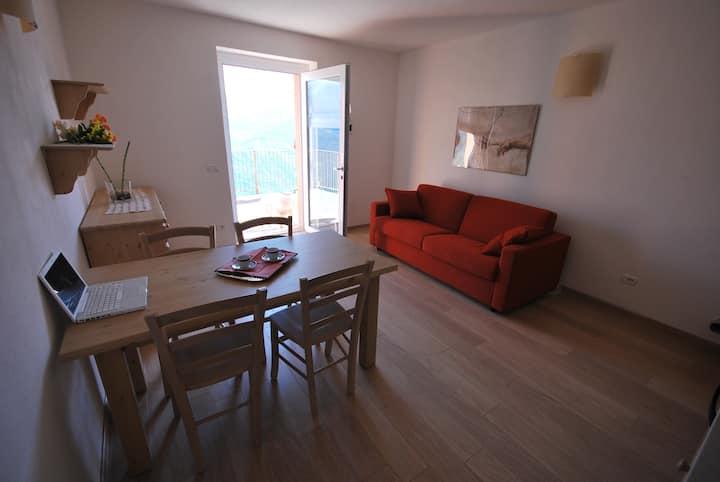 Confortevole Appartamento Alpi Retiche