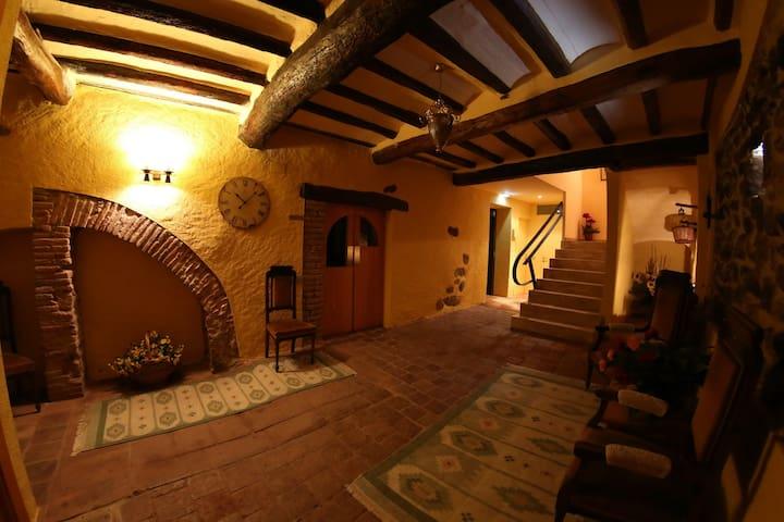 Casa Rural La Tartrana d Cal Munter - Vilaplana - Hus