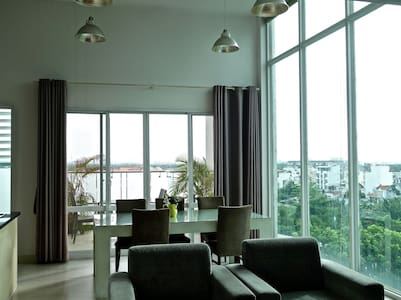 Spacious 2 Bedroom penthouse - Ho Chi Minh