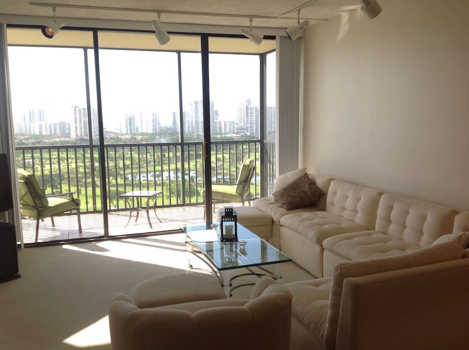 Living Room with awesome 180º panoramic views