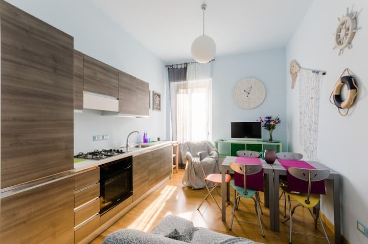 """Delizioso appartamento azzurro """"Donna Erminia"""""""