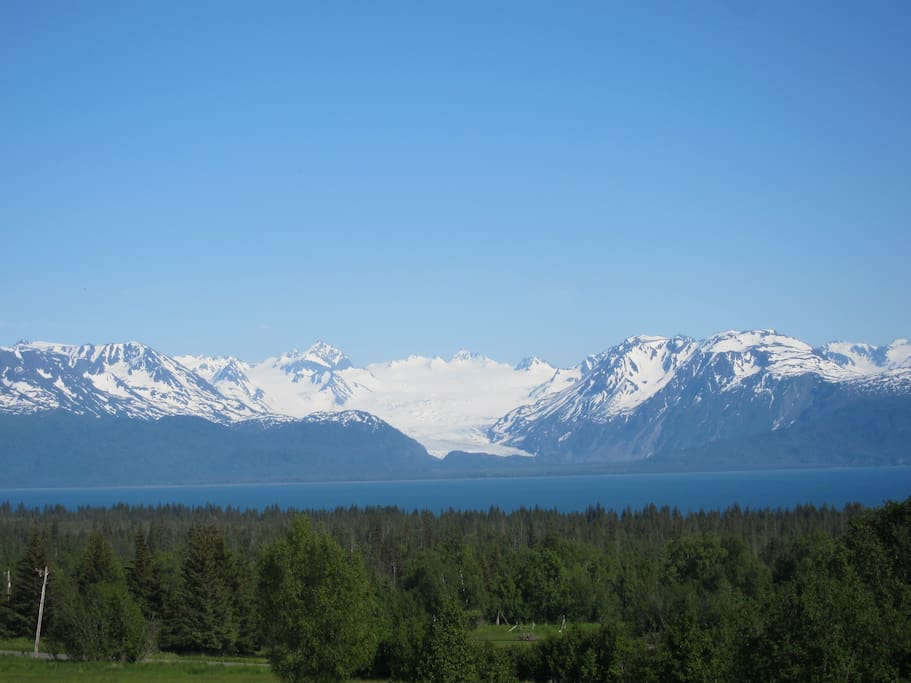 Panoramic views of Kachemak Bay and glacier-studded mountains from your doorstep