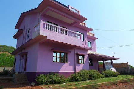 Lilac House:Apartment with sea view - Morjim - Lejlighed