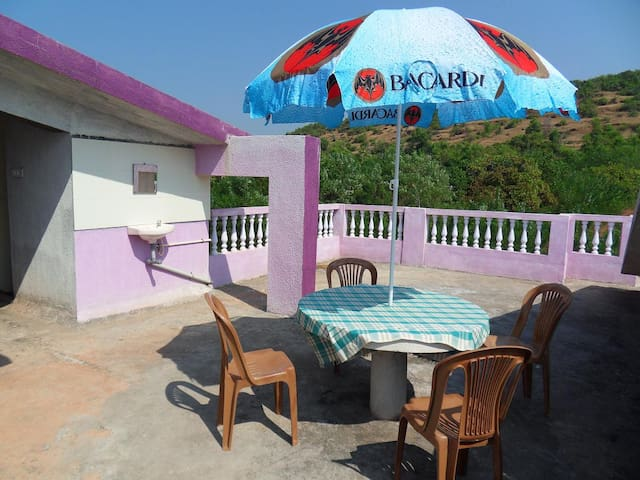 Lilac House:Apartment with sea view - Morjim - Apartment