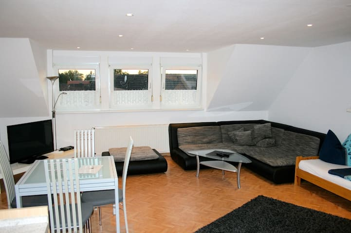 U10:TOP APARTMENT NEAR DUESSELDORF!