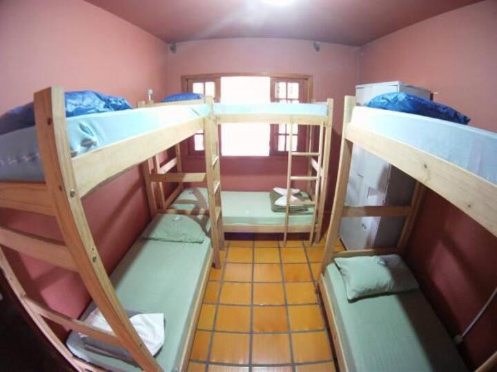 Dormitório Misto 6 Camas