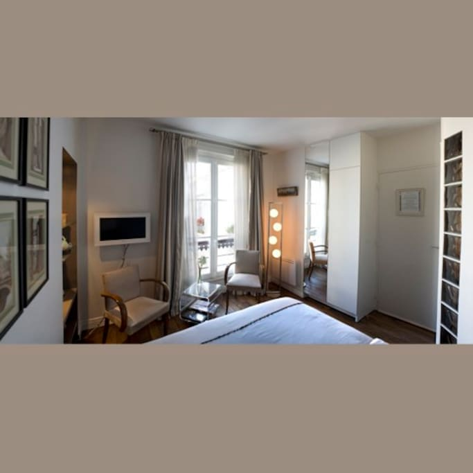 Airbnb Bed And Breakfast Paris