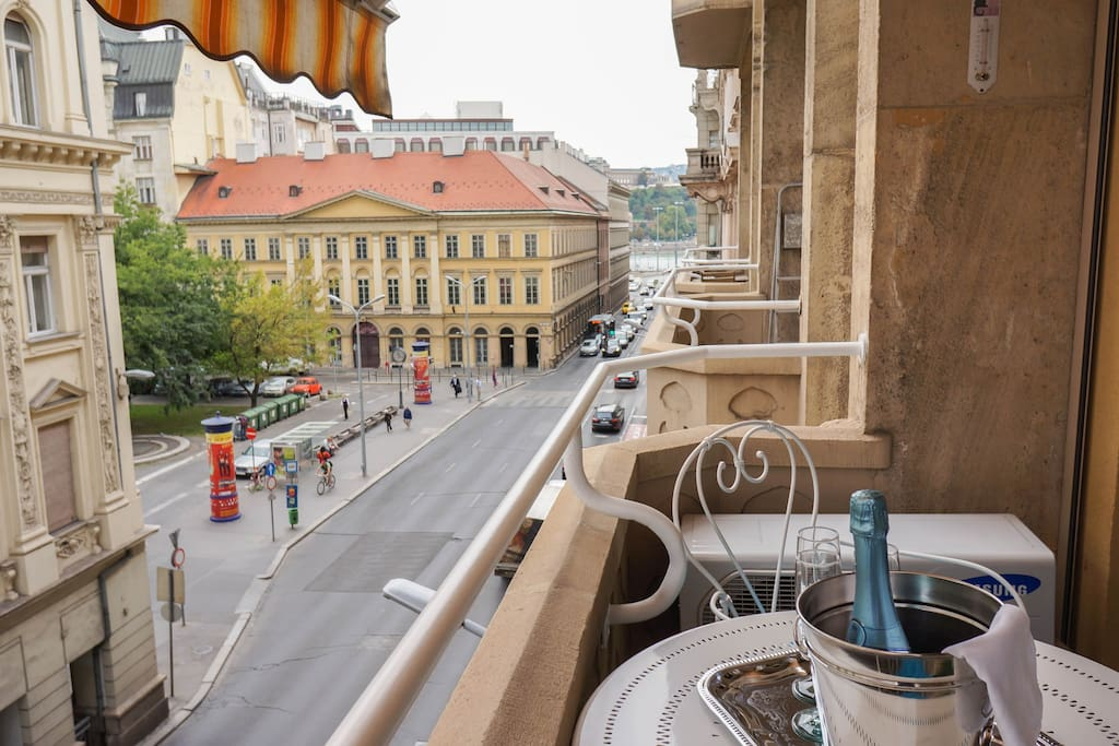 Terrace with a nice view in Budapest heart