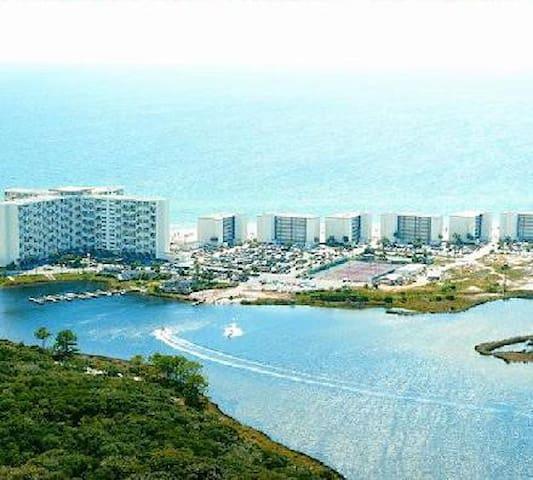 Beachfront 1 BR condo - Panama City Beach - Apartment
