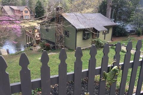 Lakefront Cottage, Very Quiet, Marietta, East Cobb