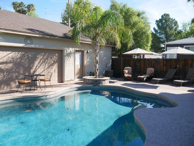 Private casita in Uptown PHX, walk to light rail